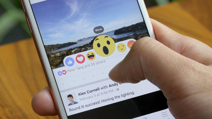 Τα emoticon του facebook και ο Δαρβίνος